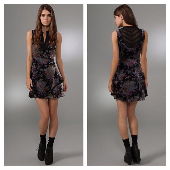 eaff2c5c1093 Free People Dresses   Skirts - Free People Falling Leaves velvet mini dress
